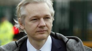 Julian Assange, fundador do site WikiLeaks, comparece novamente a um tribunal de Londres nesta segunda-feira.