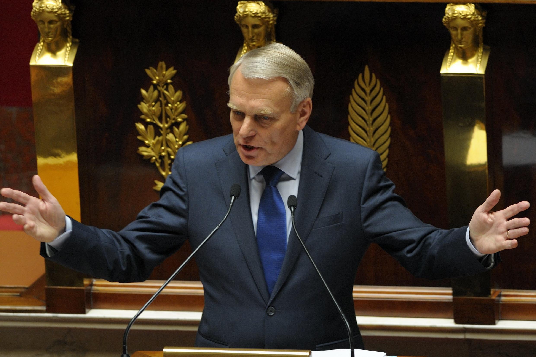 Thủ tướng Pháp Jean-Marc Ayrault trình bày chính sách kinh tế trước Quốc hội ngày 03/07/2012.