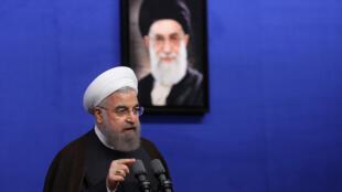 سخنرانی حسن روحانی رئیس جمهوری اسلامی ایران، در جمع فعالان اقتصادی. شنبه ۵ تير / ٢۵ ژوئن ٢٠۱۶
