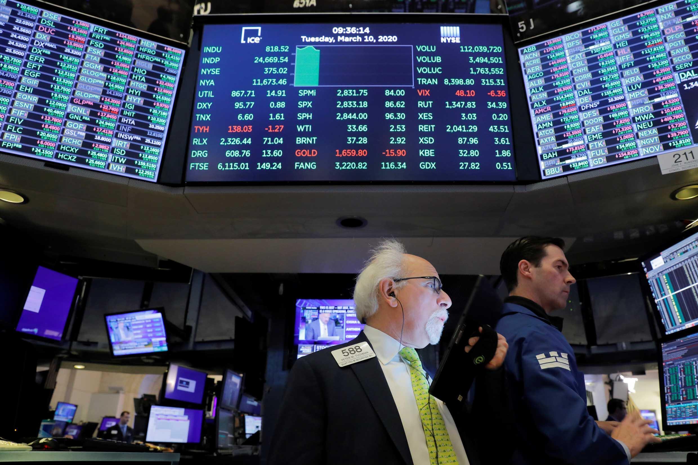 Les Bourses ont une nouvelle fois lourdement chuté ce jeudi 12 mars (photo d'illustration).