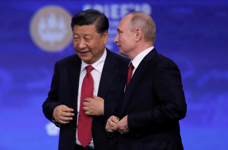 習近平與普京日在聖彼得堡出席國際經濟論壇 2019年6月7日
