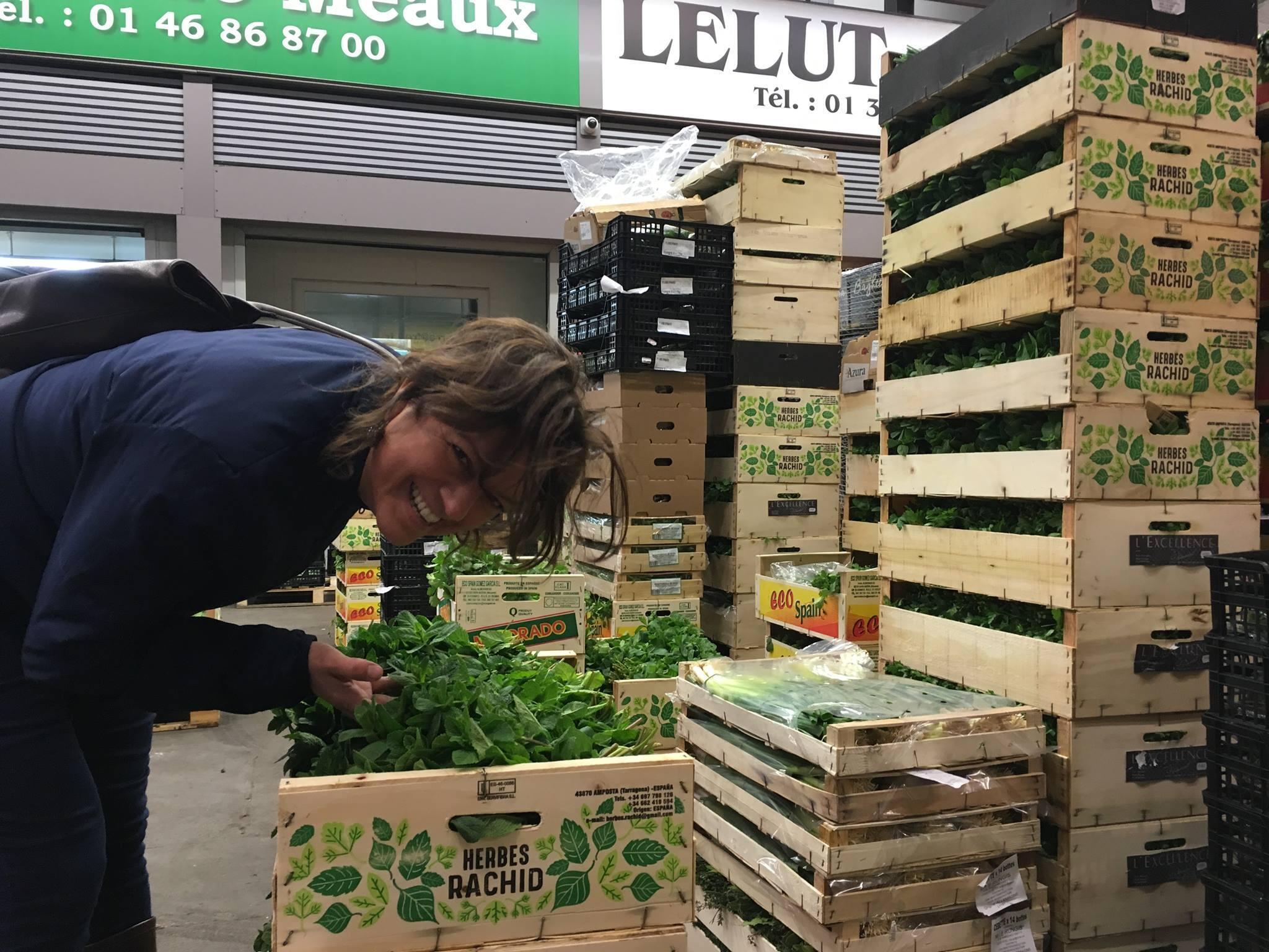 La agrónoma argentina Carina Rutgerson trabajó durante tres años en Rungis como directora de una empresa de acondicionamiento de frutas y verduras orgánicas.