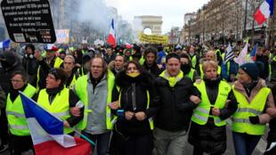 圖為法國經久不衰的黃背心抗議示威2019年2月9日第13個星期六抗議