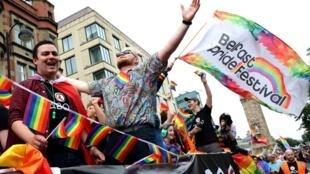Cộng đồng người đồng tính luyến ái, lưỡng tính và chuyển giới (LGBT) trong cuộc tuần hành Belfast Pride 2019 tại Belfast, Bắc Ailen ngày 03/08/2019.