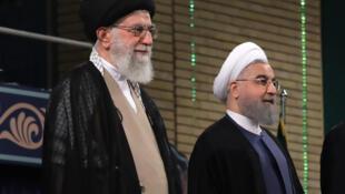 علی خامنه ای، رهبر جمهوری اسلامی، و حسن روحانی، رئیس جمهوری اسلامی