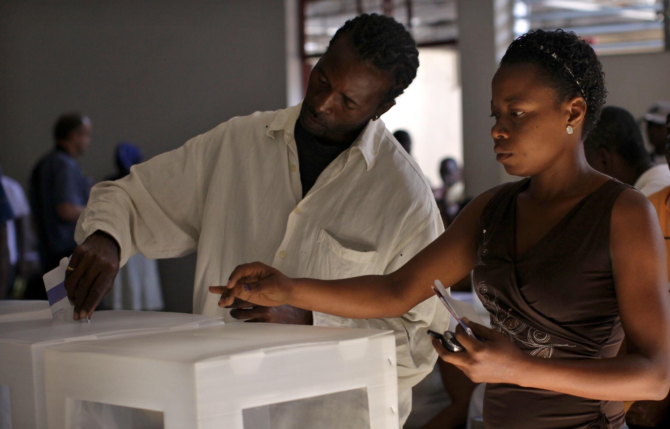 Cerca de 4,7 milhões de haitianos vão às urnas neste domingo.