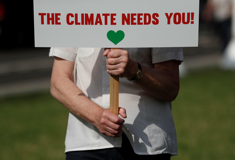 2021-07-23T095142Z_236661986_RC28QO9HC052_RTRMADP_3_CLIMATE-CHANGE-BRITAIN-PROTESTS