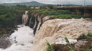 """El salto de Juanacatlán, una cascada que antes era un atractivo turístico y a la que le llamaban """"el niágara mexicano""""."""