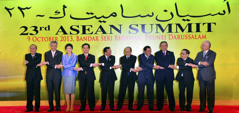 Lãnh đạo các thành viên ASEAN tại Thượng đỉnh lần thứ 23, ngày 09/10/2013, Brunei