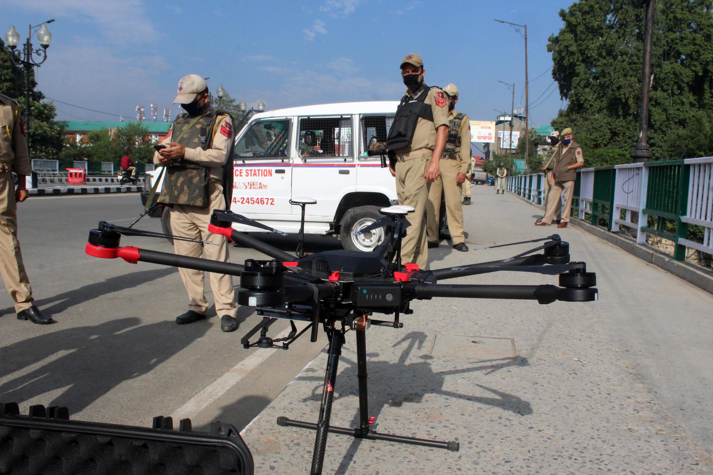 2020-11-08 india kashmir drone military