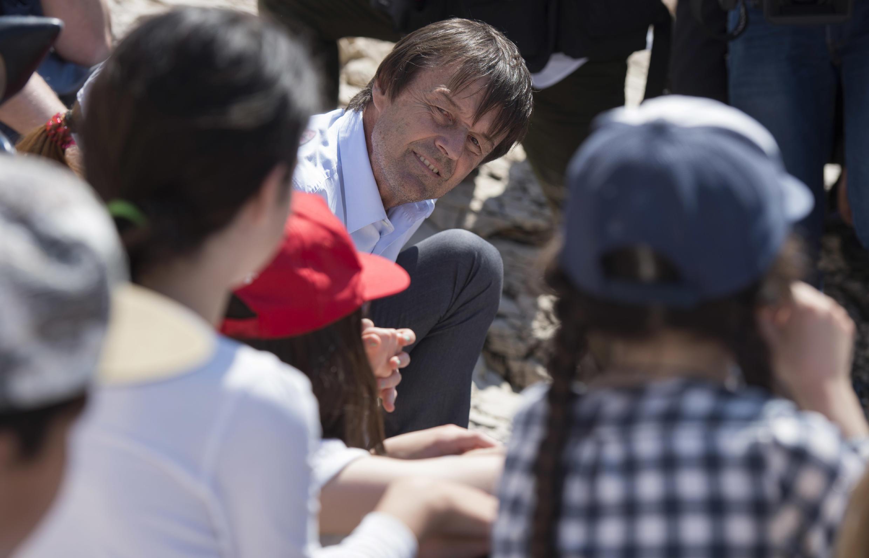 Le ministre de la Transition écologique Nicolas Hulot en visite aux îles du Frioul, le 18 mai 2018. Le parc national des Calanques est un «bon exemple de l'envie d'impliquer la société sur la biodiversité», a souligné son porte-parole.