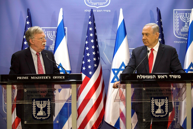 Ông John Bolton, cố vấn an ninh của tổng thống Mỹ (T) và thủ tướng Israel Benjamin Netanyahu tại Jerusalem, ngày 23/06/2019.