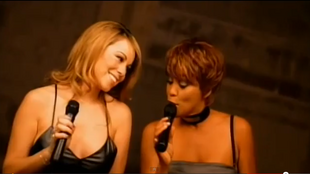 Mariah Carey et Whitney Houston en 1998