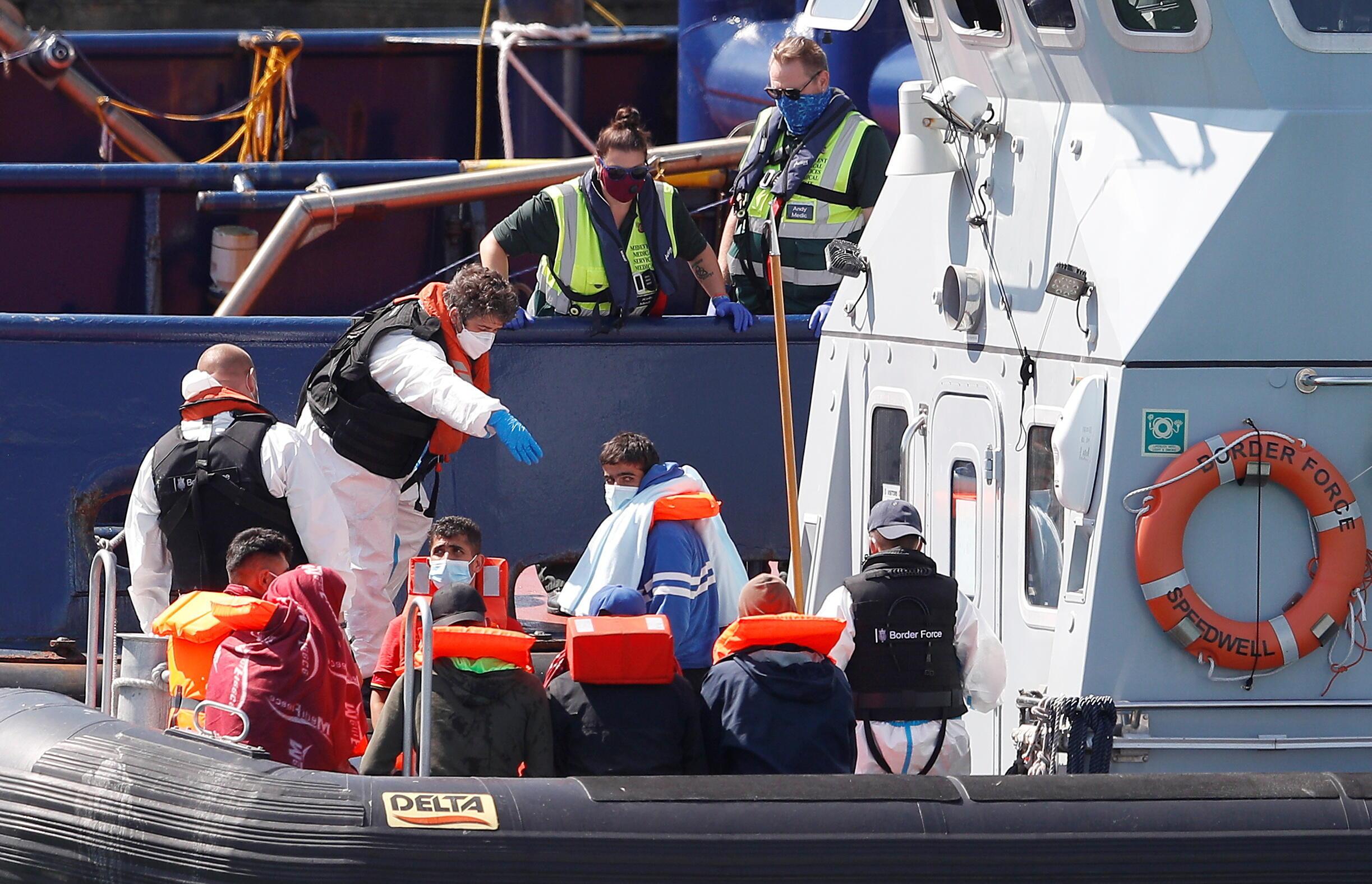 Migrants rescued Dover Britain
