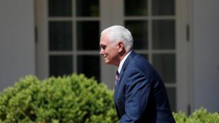 Le vice-président Mike Pence à son arrivée à la Maison Blanche, à Washington, le 3 mai 2018.