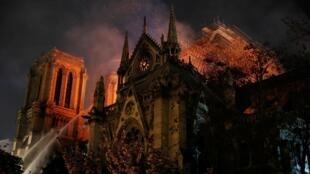 2019年4月15日巴黎圣母院火灾
