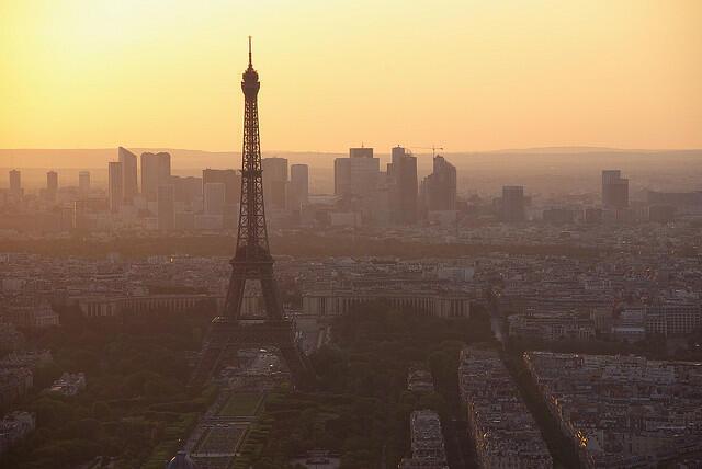 A região parisiense é uma das que mais sofre com a poluição atualmente na França.