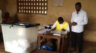 Voting in a school in Lome, 25 july 2013