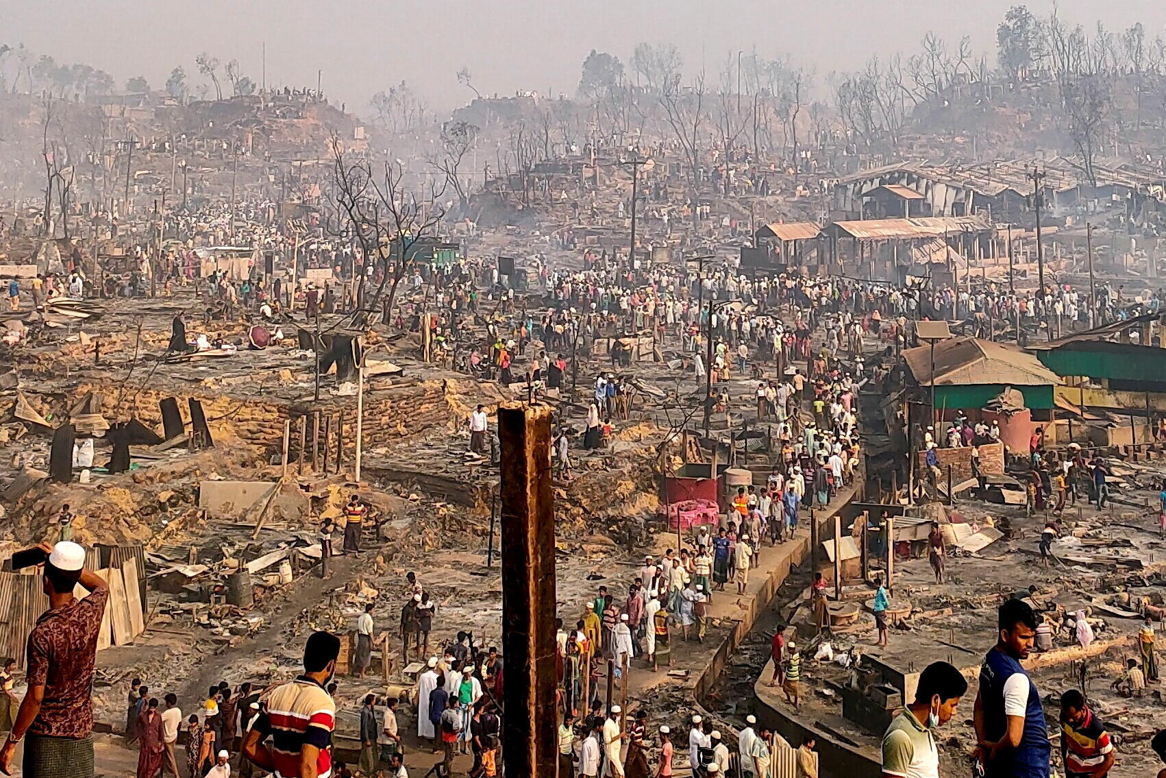 Banglades-Rohingyas-incendie-cox's Bazar_3_BANGLADESH-ROHINGYA-FIRE