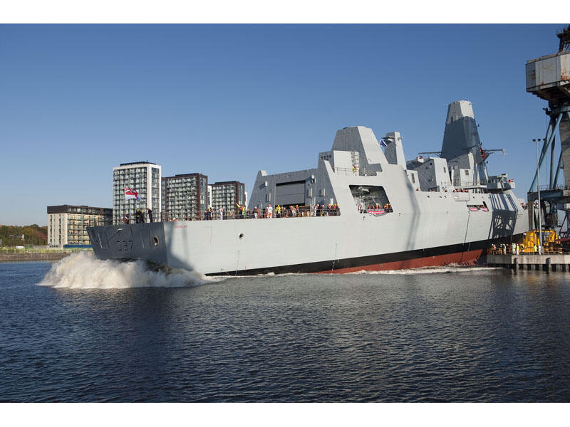 O governo britânico pode mobilizar o destroyer 45, navio equipado com mísseis, para a segurança das Olimpíadas 2012.