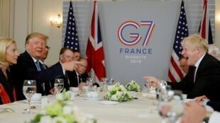 رهبران بریتانیا و آمریکا در حاشیه برگزاری نشست گروه هفت در بیاریتز فرانسه نسبت به یک توافق آزاد تجاری میان دو کشور ابراز امیدواری کردند.