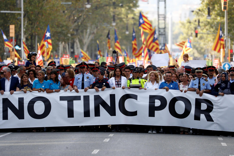 «Nous n'avons pas peur», mot d'ordre de ce défilé géant contre la terreur, à Barcelone, le 26 août 2017.