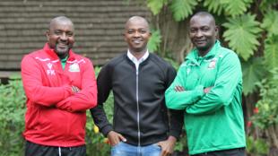 Kocha wa Harambee Stars, Francis Kimanzi (Kushoto), Nick Mwendwa rais wa FKF (Katikati) na Zedekiah Zico Otieno, kocha msaidizi Agosti 21 2019