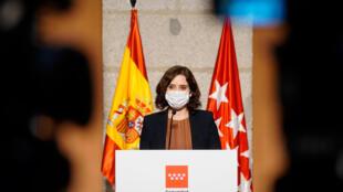 La presidenta de la Comunidad de Madrid, Isabel Díaz Ayuso, habla en conferencia de prensa, el 18 de septiembre de 2020 en la capital española