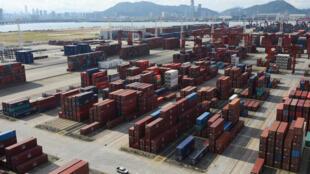 Ảnh minh họa: Hàng xuất nhập khẩu tại cảng Thẩm Quyến, Quảng Đông, Trung Quốc ngày 12/06/2018