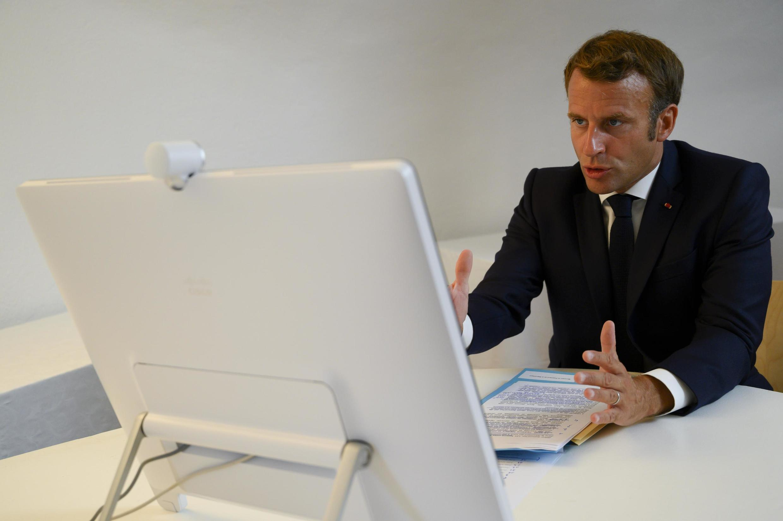 Emmanuel Macron preside ao conselho de defesa e segurança