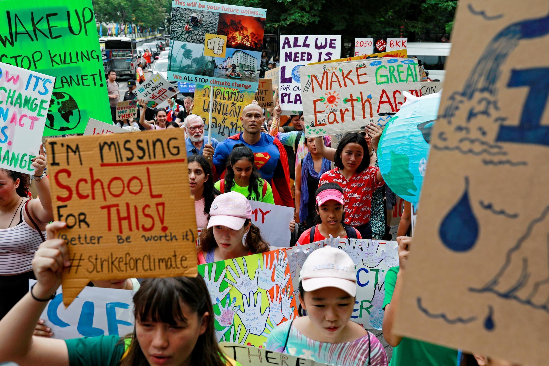 Глобальная забастовка у Министерства природных ресурсов и окружающей среды Таиланда, 20 сентября 2019