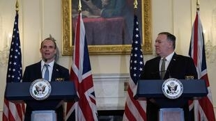 British Foreign Secretary Dominic Raab (left) and US Secretary of State Mike Pompeo discuss different approaches on Iran at a joint news conference at the State Department