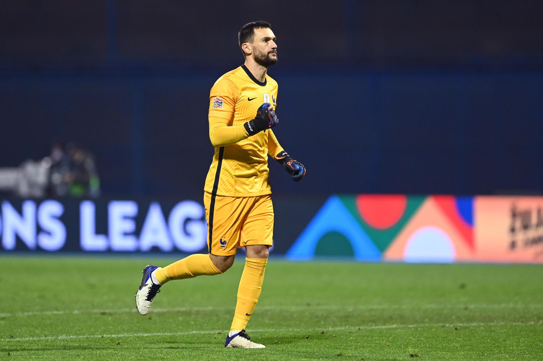 Le gardien de l'équipe de France Hugo Lloris, ravi de la victoire sur la Croatie, pour le compte de la Ligue des Nations, le 14 octobre 2020 à Zagreb