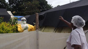 Centre de traitement Ebola de MSF au sein du CHU Donka.
