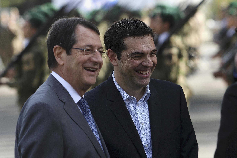 Le président chypriote Nicos Anastasiades a reçu le Premier ministre grec Alexis Tsipras, à Nicosie, le 2 février 2015.