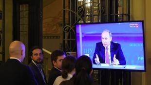 В России вступили в силу поправки, позволяющие признавать зарубежные СМИ иностранными агентами