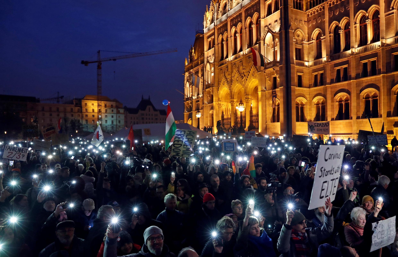 Wasu daga cikin masu zanga-zanga  a kasar Hungary