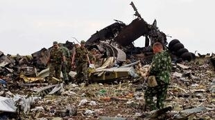 亲俄分裂分子在卢甘斯克击毁乌克兰军队伊尔-76运输机2014年6月14日坠毁现场