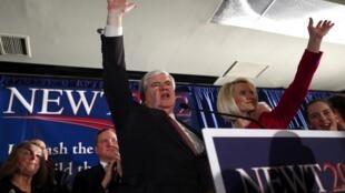 Le conservateur Newt Gingrich remporte la primaire républicaine en Caroline du Sud, le 21 janvier 2012.