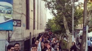 جمعی از رأیدهندگان تهرانی
