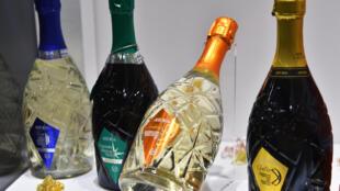"""بطریهای شراب """"پرسسکو"""""""