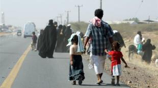 Le HCR estime que 175 000 personnes ont dû quitter leurs foyers depuis le début du conflit.