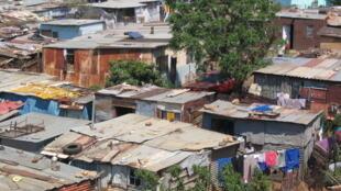 En ville comme dans les townships (sur la photo) l'Afrique du Sud reste un pays où la criminalité est endémique, et particulièrement violente.