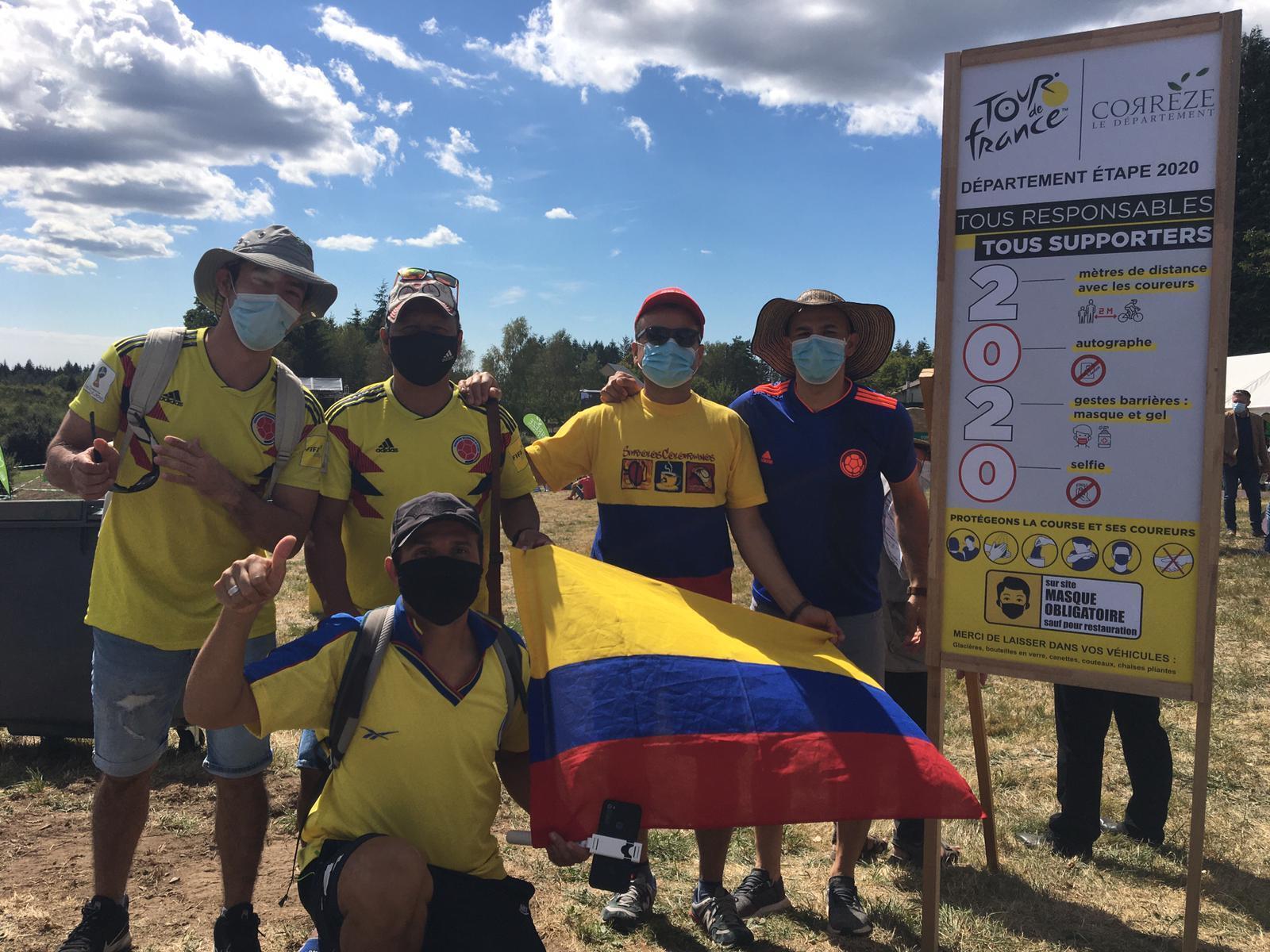 Colombianos en la llega de la etapa 12 en Sarran