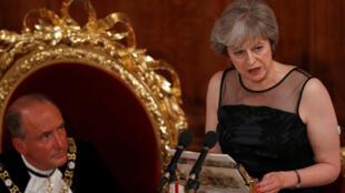 Thủ tướng Anh Theresa May phát biểu tại buổi dạ tiệc thường niên của thị trưởng Luân Đôn ngày 13/11/2017.