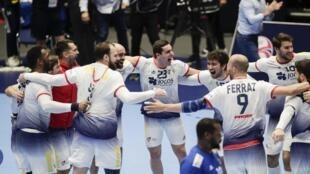 Festejos da Selecção Portuguesa que se apurou para a segunda fase do Campeonato da Europa de andebol.