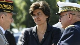 法国防长西尔薇•古拉尔递交辞呈