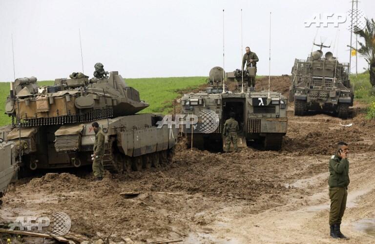 以色列士兵及坦克进入加沙2018年2月18日。