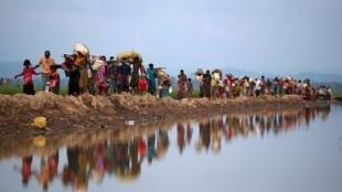 Wasu daga cikin 'yan kabilar Rohingya dake gudun hijira a Bangladesh.