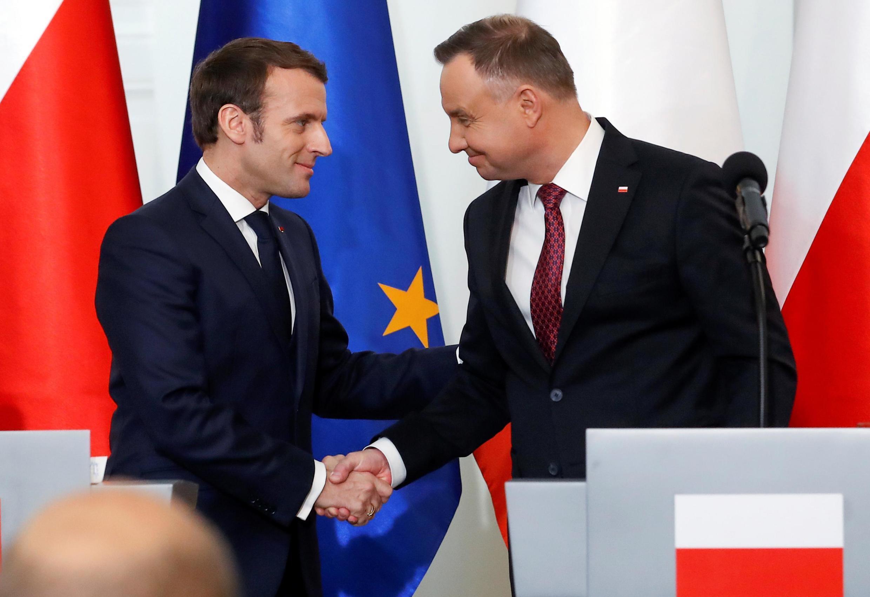Hai tổng thống Emmanuel Macron (T) và Andrzej Duda tại Vacxava., Ba Lan, gày 03/02/2020